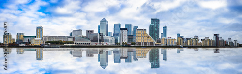Panorama of Canary Wharf business district with water reflection Fototapeta