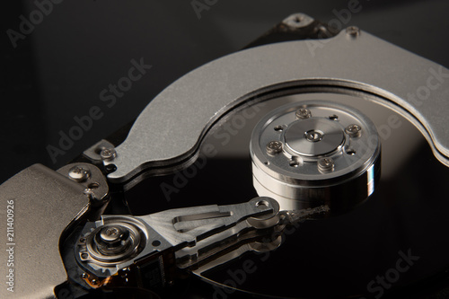 Fotografía  inside of hard disc or PC disc drive, close up or macro photography of hard driv
