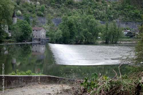 Tuinposter Dam A water dam river in a building exterior day