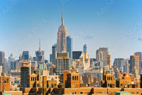 Valokuvatapetti Lower Manhattan  from Brooklyn Bridge which across the East Rive, between Manhattan and Brooklyn