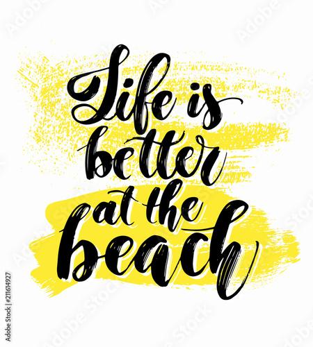 recznie-rysowane-lato-napis-motywacyjne-zdanie-na-temat-wakacji-na-plazy-i-mo