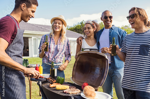 Papiers peints Grill, Barbecue Friends enjoying party with bbq