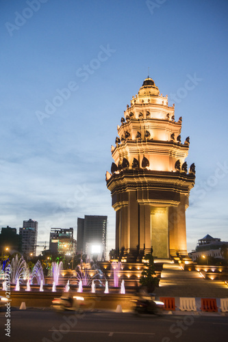 Foto op Canvas Historisch mon. CAMBODIA PHNOM PENH INDEPENDENCE MONUMENT