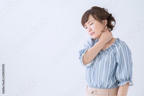 Fotografía  首が痛い女性