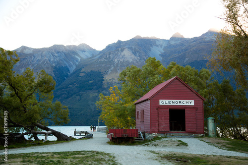 Poster Oceanië Red boat house at Glenorchy in New Zealand