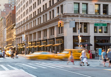 People And Taxis In The Intersection Of Fifth Avenue And 23rd Street In Manhattan New York City