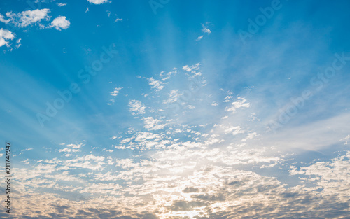 In de dag Ochtendgloren Sunrise sky, background with clouds and sun rays. Atmosphere, climate, weather, theme