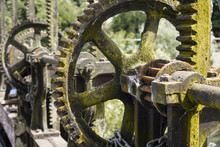 Control Gear Wheels For UK Canal Close Up