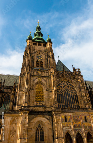 Staande foto Praag St Vitus Cathedral facade in Hradcany Castle. Beautiful landmark in Prague, Czech Republic. Gothic architecture