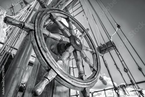 Spoed Foto op Canvas Schip steering wheel