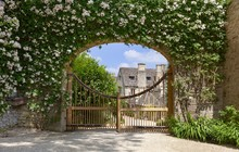 Asthall Manor, Cotswolds, Oxfo...