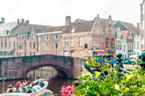 Autocollant pour porte Bruges canals and streets of the ancient medieval district of Ghent, Belgium