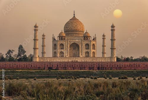 Fotografie, Obraz  Sunset over the Taj Mahal, Agra, India