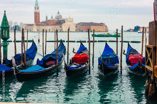 Foto op Plexiglas Venetie Gondolas moored by Saint Mark square
