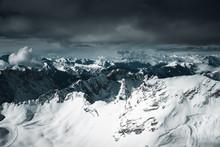 Blick Vom Der Zugspitze Auf Das Skigebiet Und Die Wettereckwand Und Den Schneefernerkopf