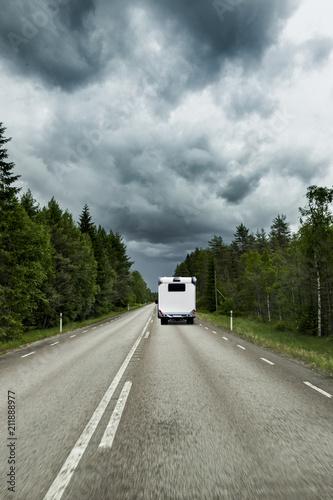 Staande foto Europa Straße in Skandianvien