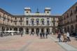 Plaza Mayor y fachada del ayuntamiento de Ávila un dia soleado, España