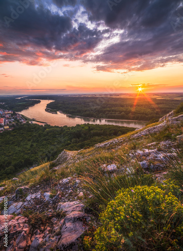 Foto op Plexiglas Landschappen Landscape. Beautiful Sunset over the Rocks and the River