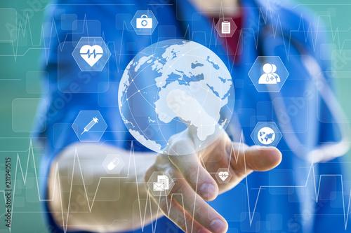 Obraz na plátně  Doctor pressing button map icon healthcare on virtual online panel medicine