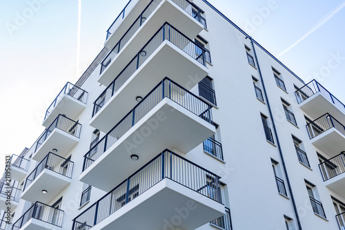 Fotografiet modernes Hochhaus