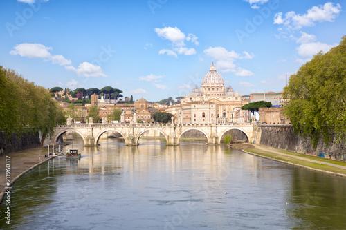 Zdjęcie XXL Bazylika Świętego Piotra i Most Sant Angelo, Rzym, Włochy