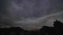 Nubes En Santiago De Chile - T...