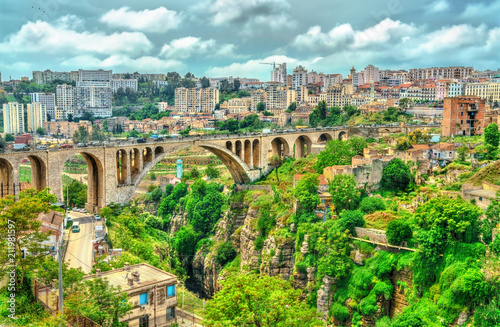Staande foto Algerije The Sidi Rached Viaduct across the Rhummel River Canyon in Constantine, Algeria