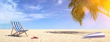 Liegestuhl Am Strand Im Sommer...