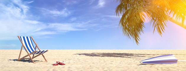 Liegestuhl am Strand im Sommer im Urlaub