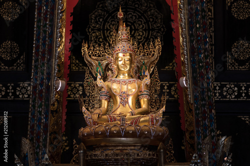 Spoed Foto op Canvas Bedehuis Ancient Buddha statue, Pipatmongkol Temple, Sukhothai, Thailand