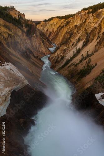 Zdjęcie XXL Uroczysty jar Yellowstone park narodowy, usa