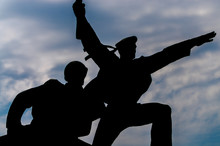 Soldier And Mariner Monument I...