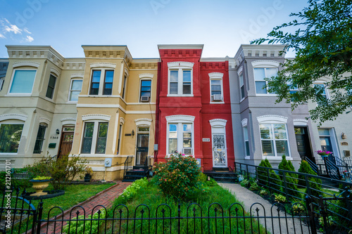 Valokuvatapetti Row houses in Shaw, Washington, DC