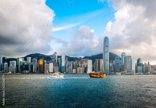 Photo hong kong harbour view with sunlight