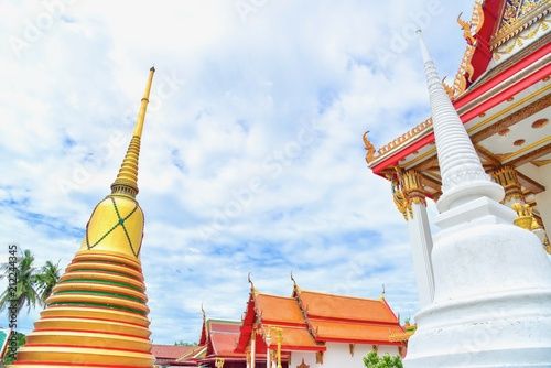 Deurstickers Bedehuis Exterior of Golden Thai Pagoda and Buddhist Temple in Suphanburi Province in Thailand
