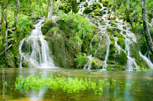 Keuken foto achterwand Watervallen Waterfall in the Plitvice lakes national park