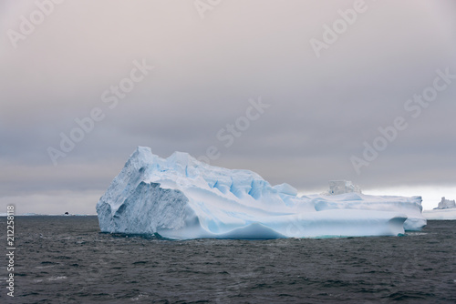 Deurstickers Antarctica Iceberg in Antarctic sea