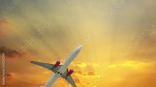 Photo  Airplane flying with sunset