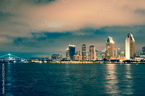 Poster Stad gebouw San Diego Skyline with beach and bay as seen from Coronado