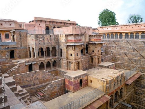 Foto op Aluminium Oude gebouw Chand Baori Stepwell, Jaipur, Rajasthan, India
