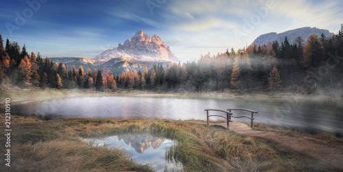 Der See Lago Antorno in Italien morgens