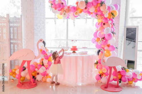 Foto op Aluminium Flamingo Candybar for child's birthday decorated withpink balloons and flamingos