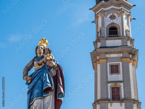 Staande foto Historisch mon. Jungfrau Maria in Deggendorf