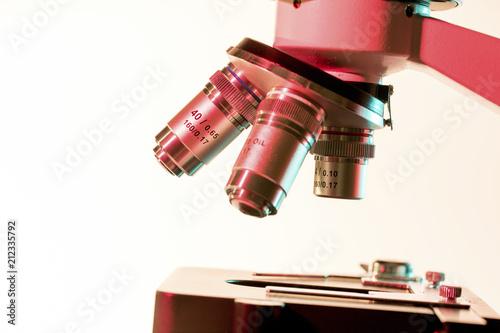 Light microscope objective lenses