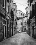 Fototapeta Uliczki - Walking the streets of Venice, Italy