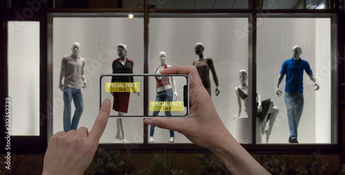 Fotografía  Augmented reality marketing concept