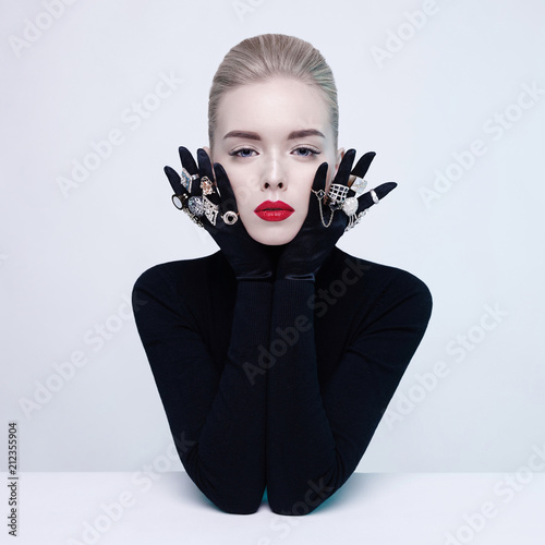 Fotobehang womenART Beautiful blonde lady with lot of precious rings