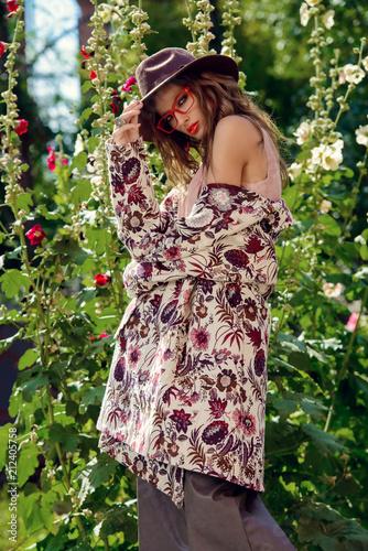 Poster Gypsy femininity and fashion