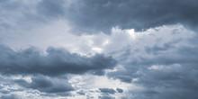 Pochmurne Niebo Przed Burzą