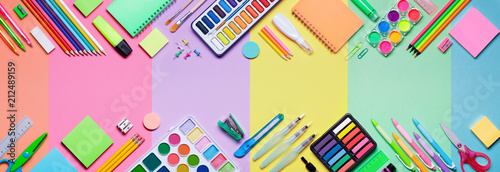Fotografía School Supplies With Colorful Paper Background - Education Banner